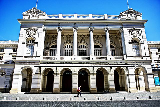 santiago_opera