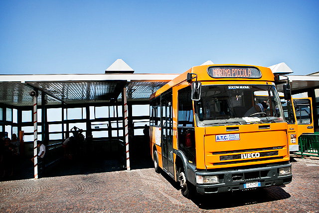 BusstationCapri1