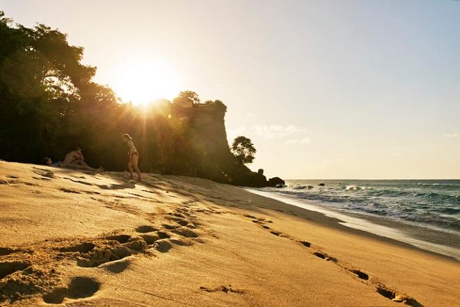Magazine beach Grenada 01